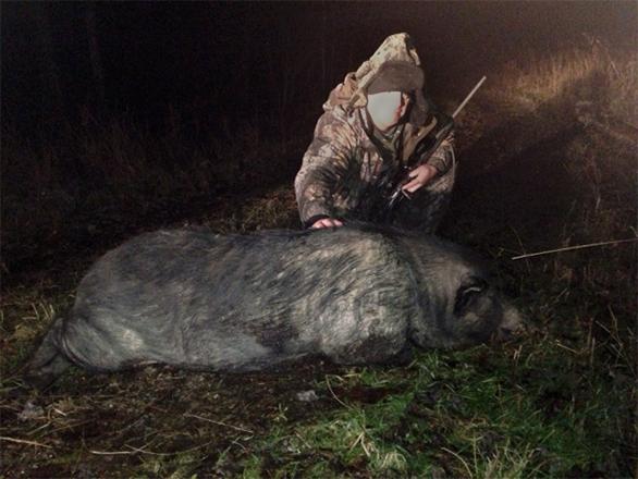 Stoney Grayson with his 350 lb Wild Boar