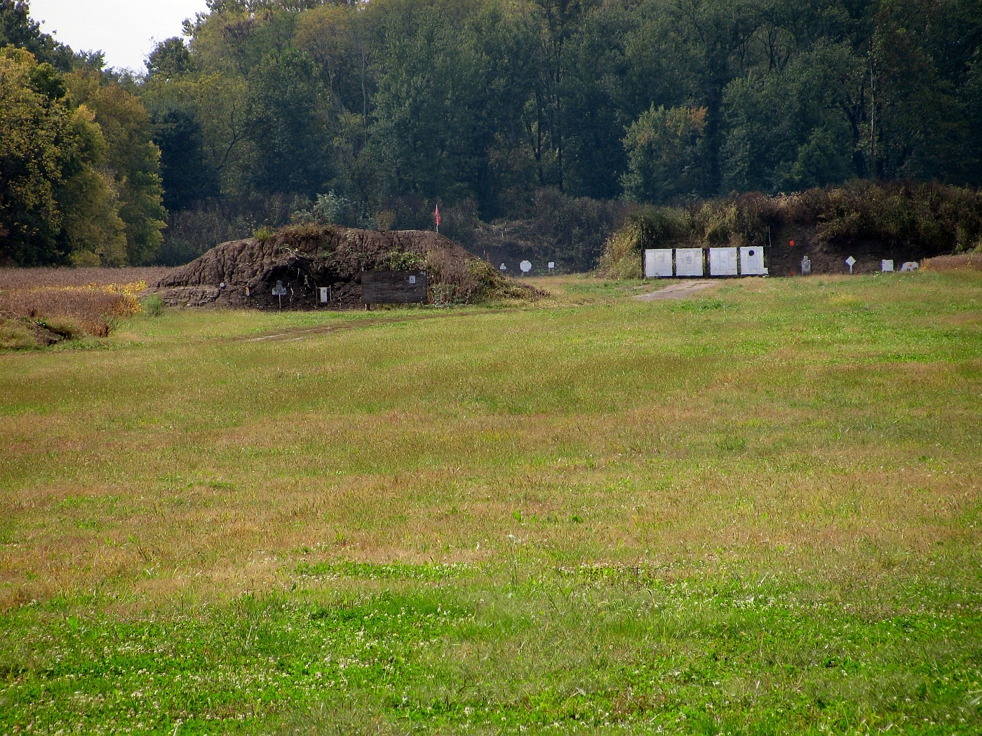 """""""You can just see the 1,000 yard target just to the right of the 600 yard berms."""""""