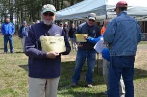 Armando Coello winning one of the Berger Bullets gift certificates.  (Photo courtesy of Jeff Rorer)